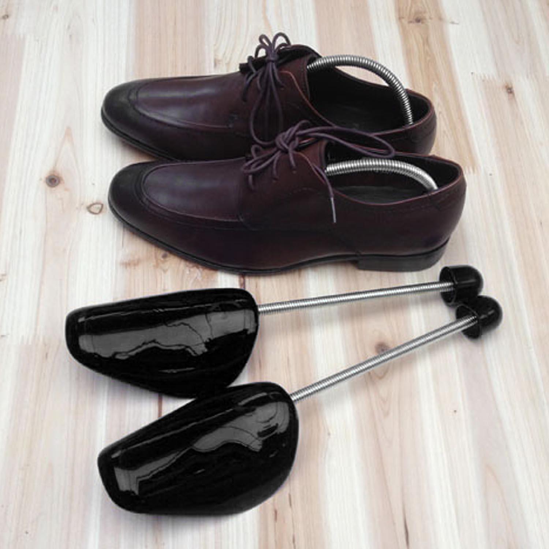 Shoes Tree nhựa