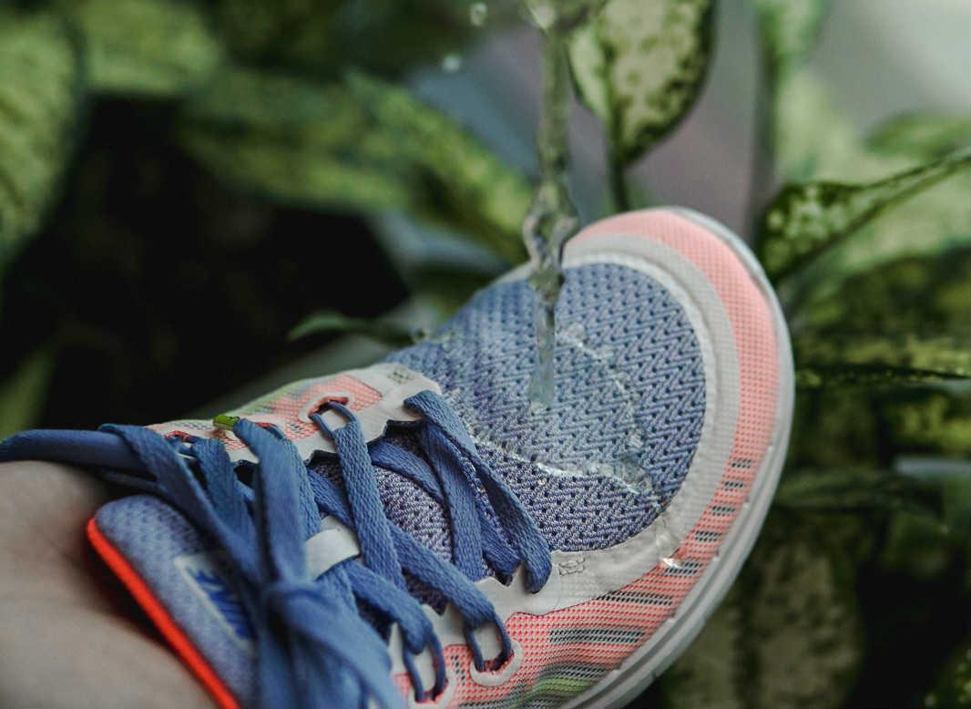 tác dụng của Bình xịt nano chống nước cho giày Enito
